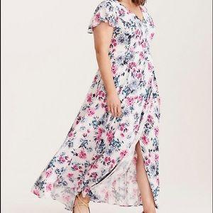 Torrid Floral Dress Peek Leg Long Flutter Sleeve